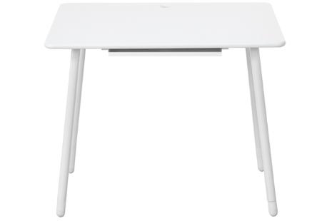 Flexa White bureau met in hoogte verstelbare poten en kantelbaar tafelblad. (whitewash)